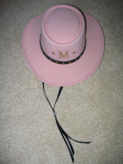 p-1026-Madonna_-_Music_pink_hat.jpg