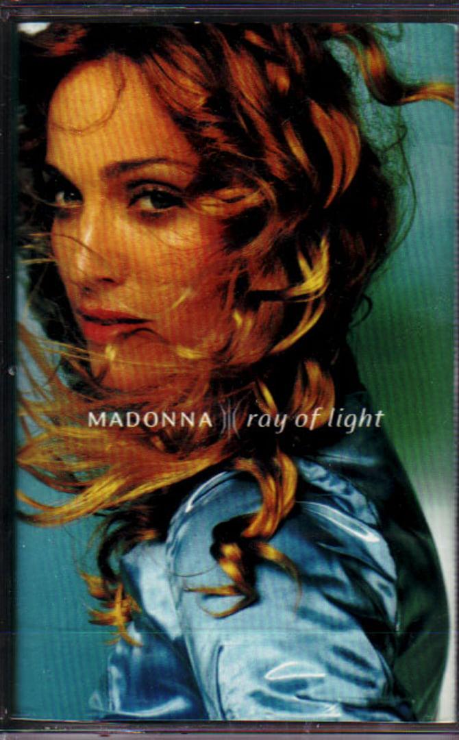 p-1337-Madonna_-_Ray_Of_Light_9362-46847-4_2.jpg