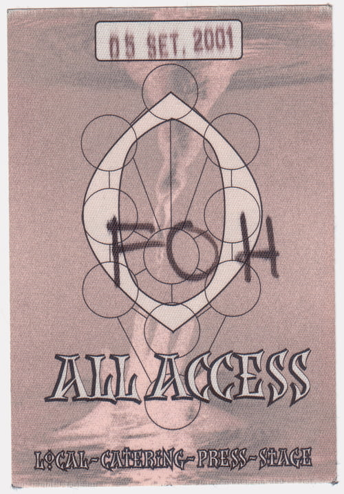 p-2378-Madonna_-_Drowned_World_Tour_All_Access_pass_2.jpg