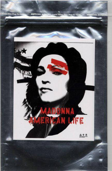 p-65-Madonna_-_American_Life_silver_postcardbag.jpg